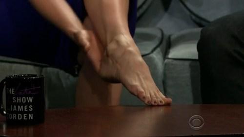Alison-Brie-Feet-2284933